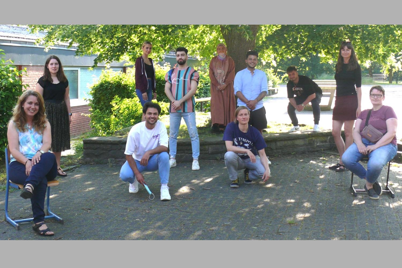 Bild zeigt: Das Team für das Sprachcamp 2021